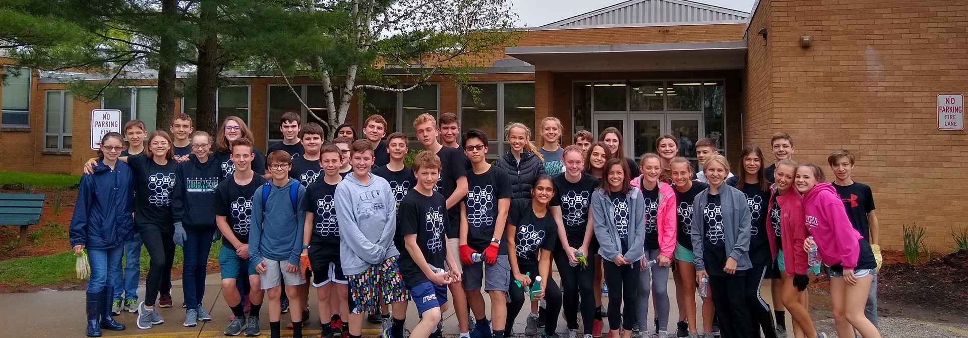 NJHS Members Participate in Mulch Project for The Highland Foundation