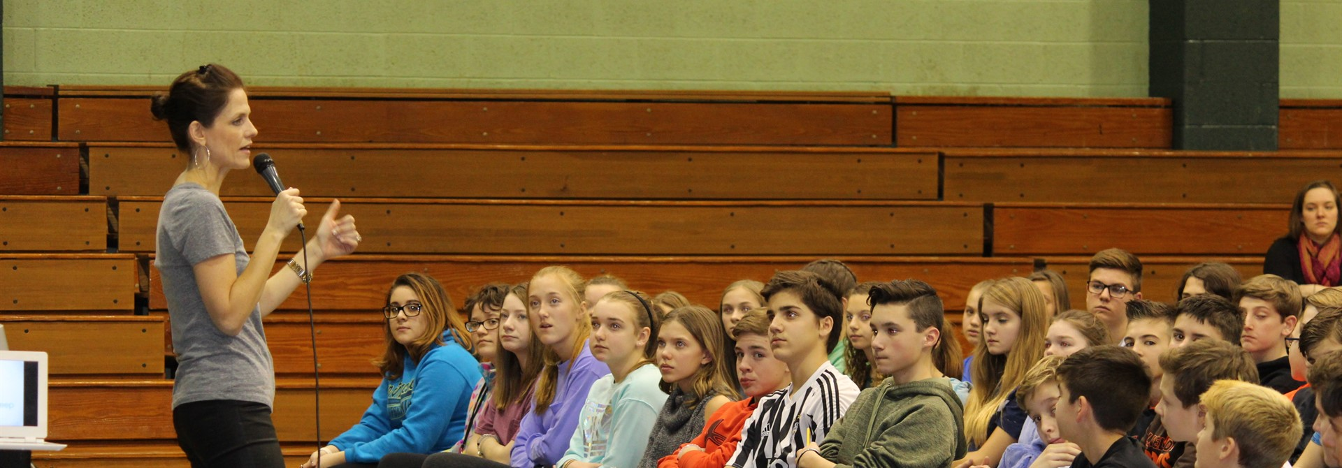 Internet Safety Expert Speaks to HMS Student Body